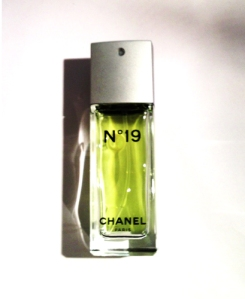 Chanel №19 Eau de toilette